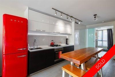 Downtown VE Apartment/Condo for sale:  3 bedroom 957 sq.ft. (Listed 2020-08-06)